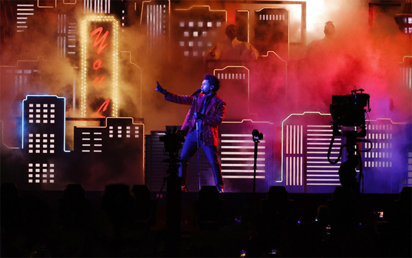 L'Halftime Show con The Weeknd
