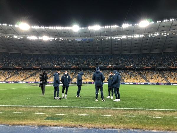 Así luce el Olímpico de Kiev a media hora para el inicio del partido Foto: Villarreal