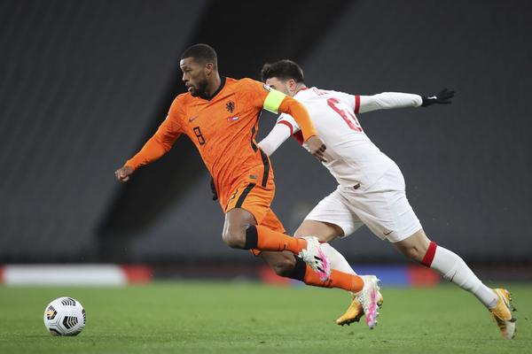 Wijnaldum, capitán hoy de la selección holandesa.