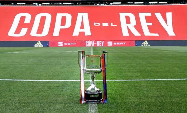 La Copa del Rey ya espera dueño en el estadio de La Cartuja FOTO: RFEF