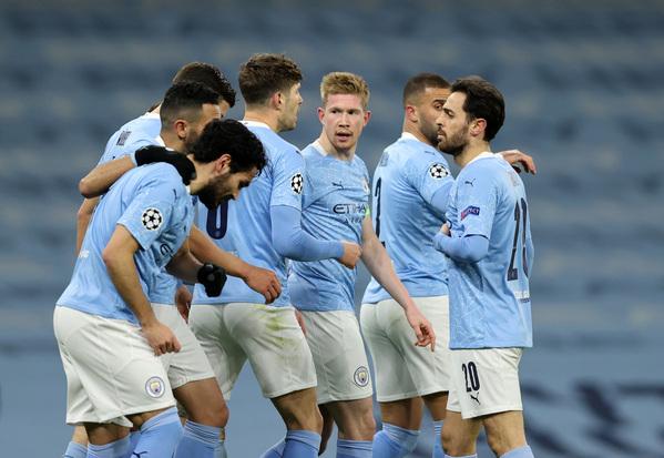 Así celebraron los jugadores del City el primer gol de De Bruyne