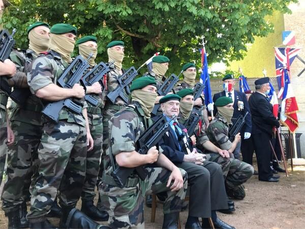 DIRECT. 77e anniversaire du Débarquement en Normandie : suivez les cérémonies de ce samedi 5 juin 1cddad02-d112-4b8f-b5c9-7c6785a5fc82