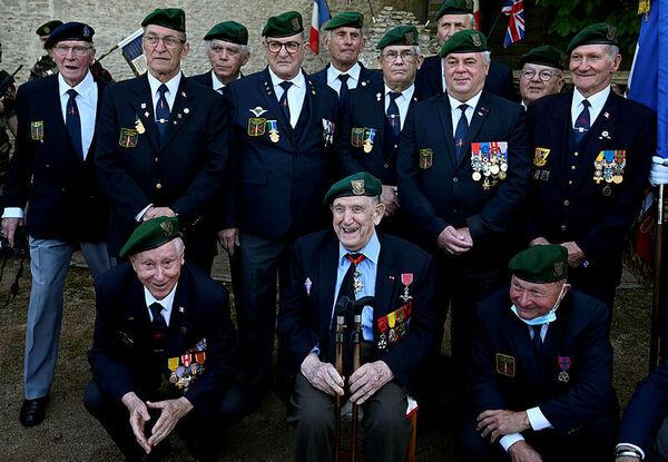 DIRECT. 77e anniversaire du Débarquement en Normandie : suivez les cérémonies de ce samedi 5 juin 4c3c3c00-1d65-4f84-af45-cb21c78cad00