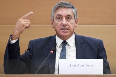"""Jan Jambon: """"Als vierde golf er komt, zal die vooral voor de niet-gevaccineerden zijn"""""""